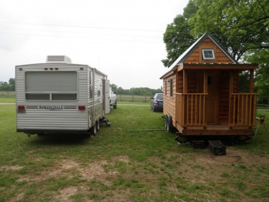 tiny-house-vs-rv-trailer-side-by-side
