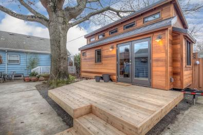 tiny-houses-2014-mercers-front